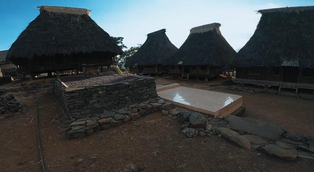kampung adat wologai